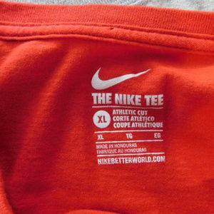 low priced fcae9 76a96 Nike Dayton Flyers Basketball Athletic Cut T-Shirt